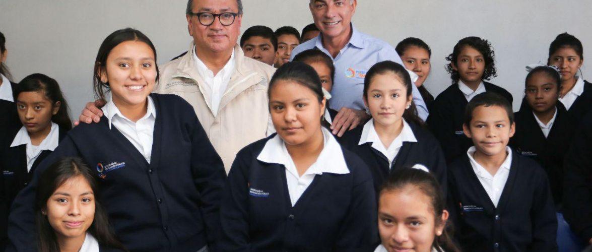 Otto Granados y Tony Gali entregan la primera etapa del Centro Escolar Lázaro Cárdenas