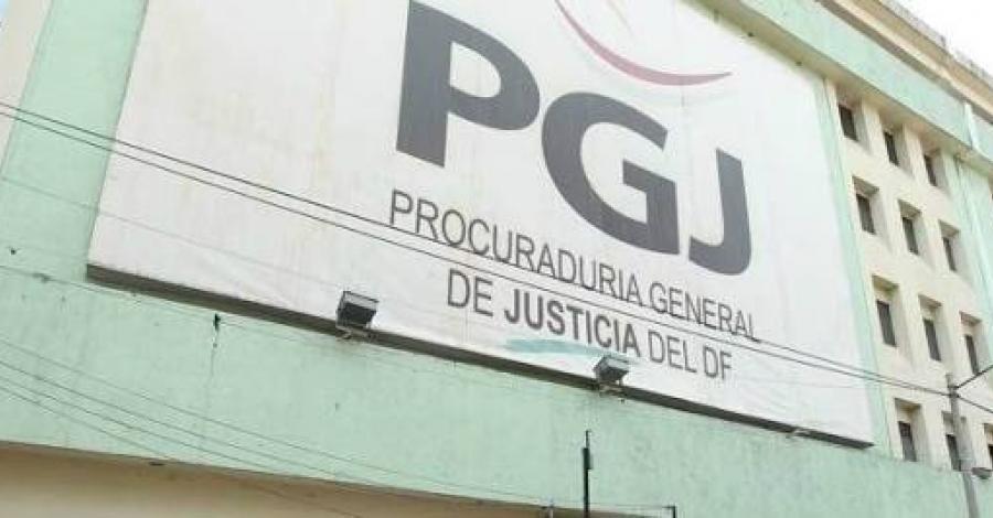 Vinculan a proceso a un hombre acusado de robar con violencia un establecimiento en Azcapotzalco
