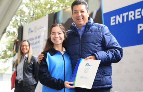 ENTREGA EL GOBERNADOR DE TAMAULIPAS BECAS PARA ESCUELAS PÚBLICAS DE LOS PROGRAMAS PROPÓSITO Y VIRTUD