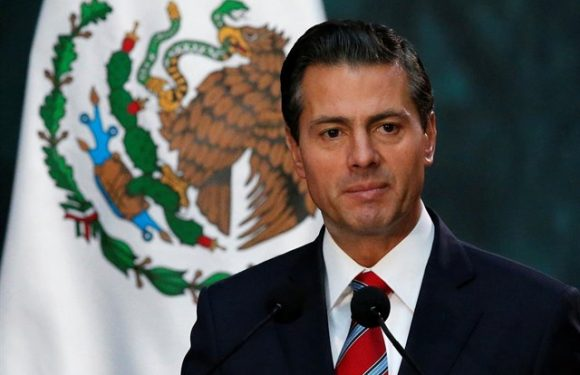 Peña Nieto y algunos asistentes a la inauguración del Centro Nacional de Tecnologías Aeronáuticas, en Querétaro, presentaron una fuerte irritación en los ojos que requirió atención médica.