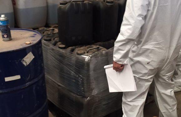 Destruye PGR en Sinaloa 16 toneladas y 43 mil litros de precursores químicos