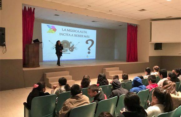 Lleva FGE a estudiantes en Namiquipa conferencia sobre prevención