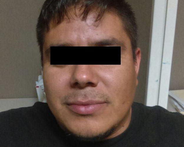 Juarez | Detienen a elemento de la AEI por el delito de violencia familiar