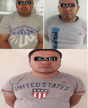 Elementos de la Agencia Estatal de Investigación arrestaron en flagrancia a tres presuntos extorsionadores