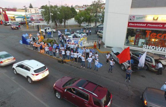 Cuauhtemoc | Realiza Beto Perez y Rafa Jaime crucero para promover sus propuestas