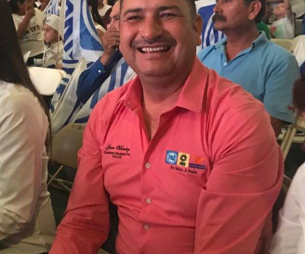 Cierra campaña Javier Mendoza por el distrito 02 federal.