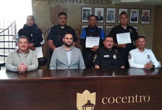 Realiza COCENTRO la 74 entrega de reconocimientos a policías municipales