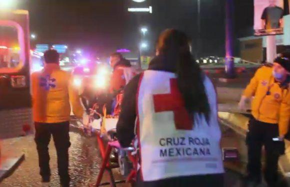 Juarez | Auxilian policias municipales a dos mujeres que sufrieron percance vial