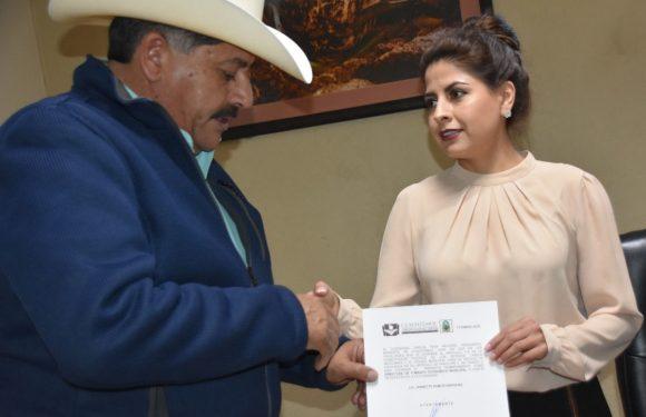 Cuauhtemoc | ENTREGA ALCALDE NOMBRAMIENTO A NUEVA DIRECTORA DE FOMENTO ECONÓMICO