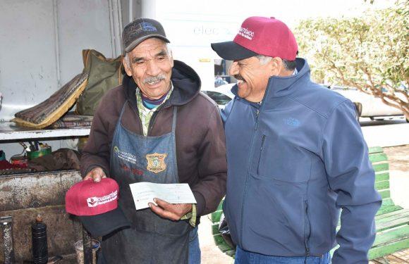 Cuauhtémoc   Beneficia Carlos Tena a boleros con micro créditos