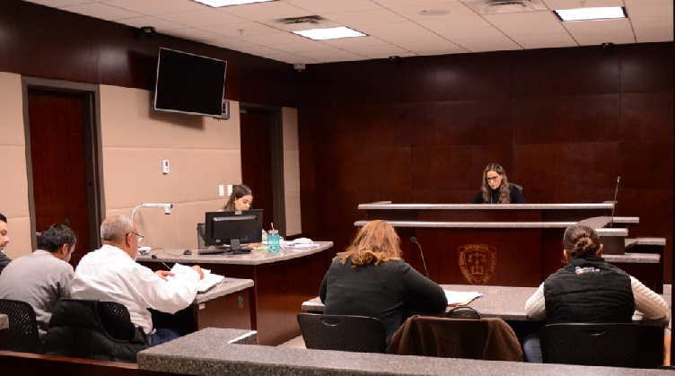 Formulan imputación a maestro del CONALEP acusado de violación