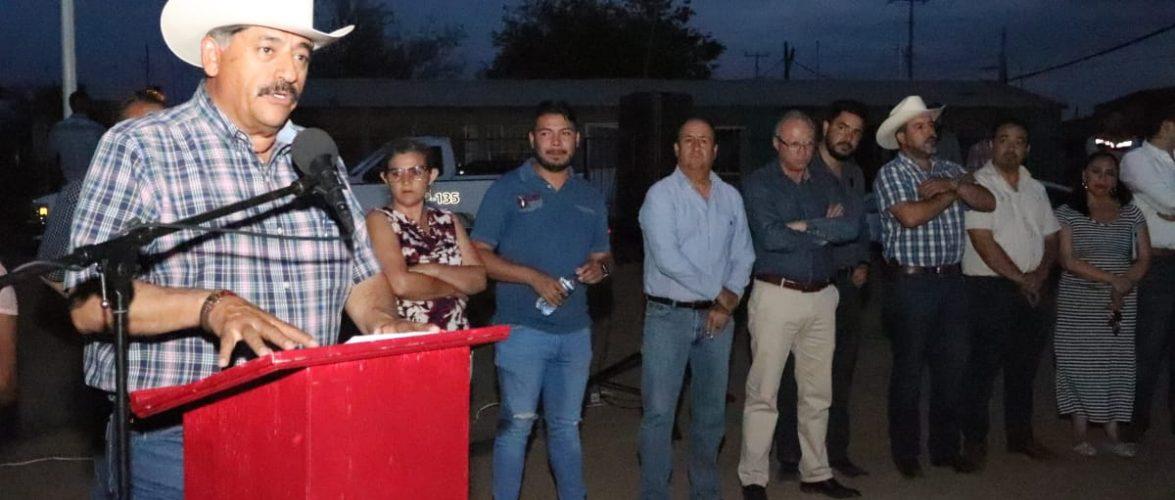 Cuauhtemoc   Entrega Carlos Tena red de alumbrado publico en colonia Tierra Nueva