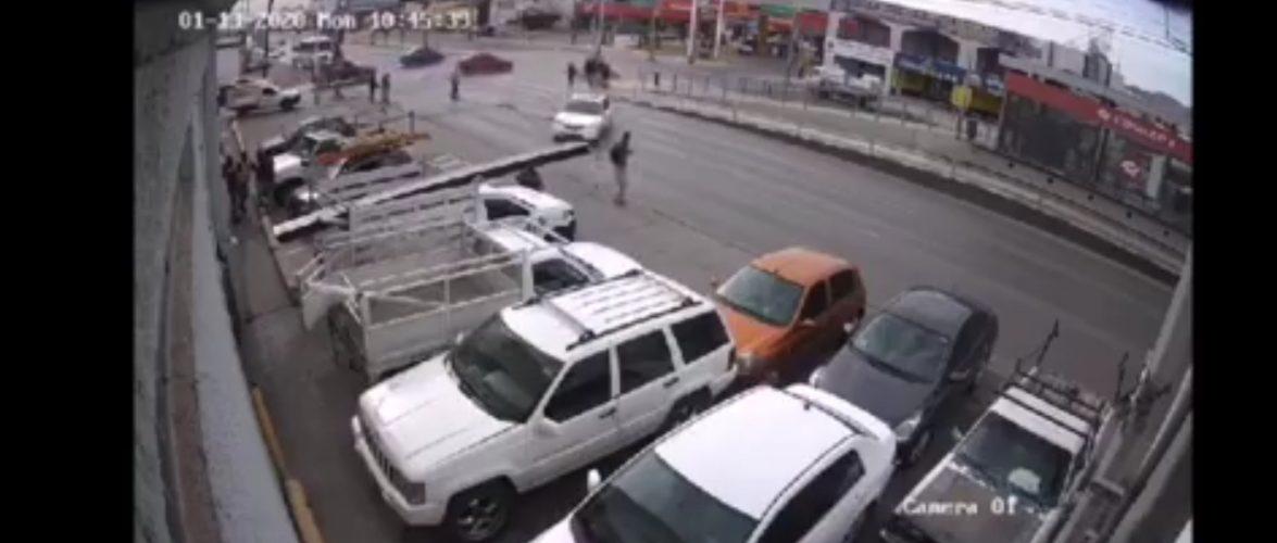 Video | Impactante momento en el que atropellan a peaton sobre Av. Tecnologico