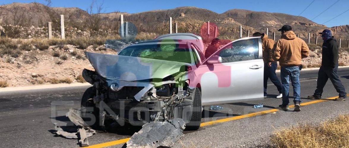 Tres personas resultan con heridas durante accidente en carretera a Cd. Delicias