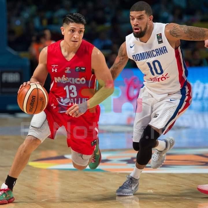 Orlando Méndez es baja de la selección nacional de baloncesto.