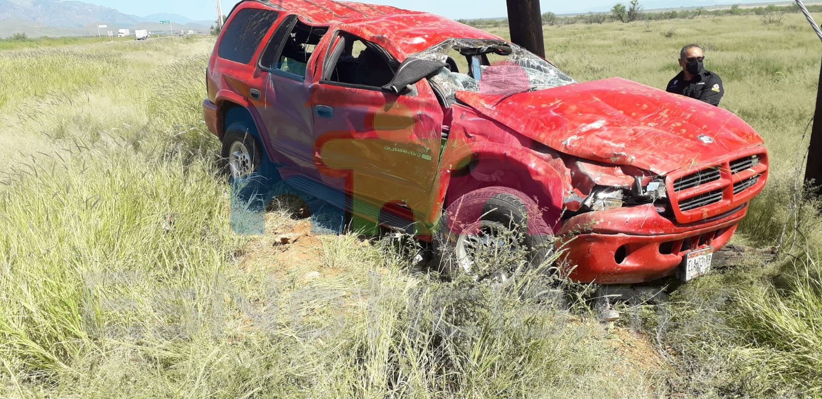 Volcadura rumbo a Juárez; 1 muerto y 3 heridos